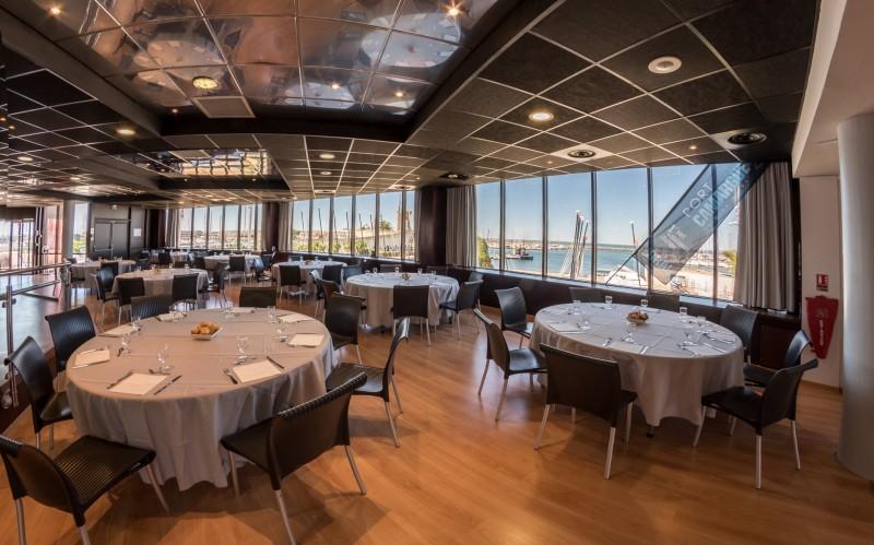 yacht-club-1582